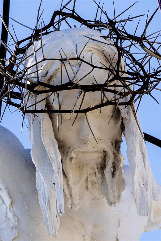 marco papa cristo nudo